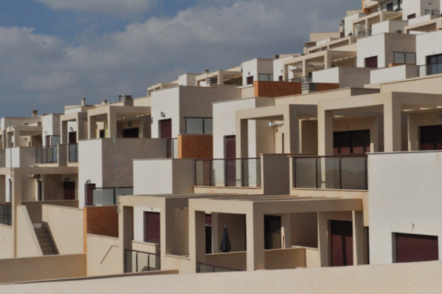 Tinsa report slow down in property price decreases in Comunidad Valenciana