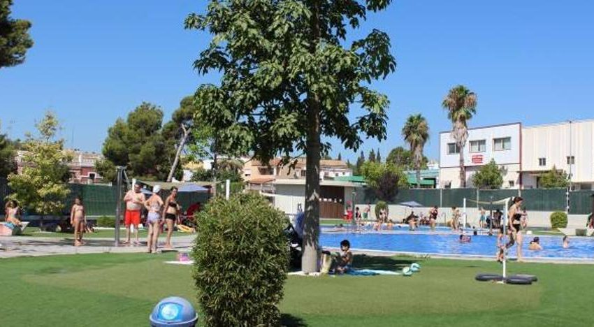 Godella opens its swimming pool and reserves one morning a week exclusively for the over-60s
