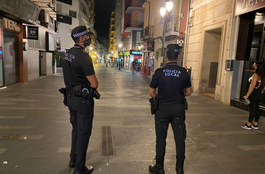 Alicante police abort two bottles at dawn