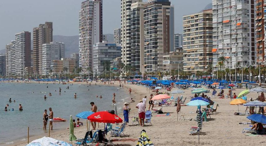 """The Costa Blanca rates the summer season as """"very negative"""" after a 50% drop in turnover in August"""