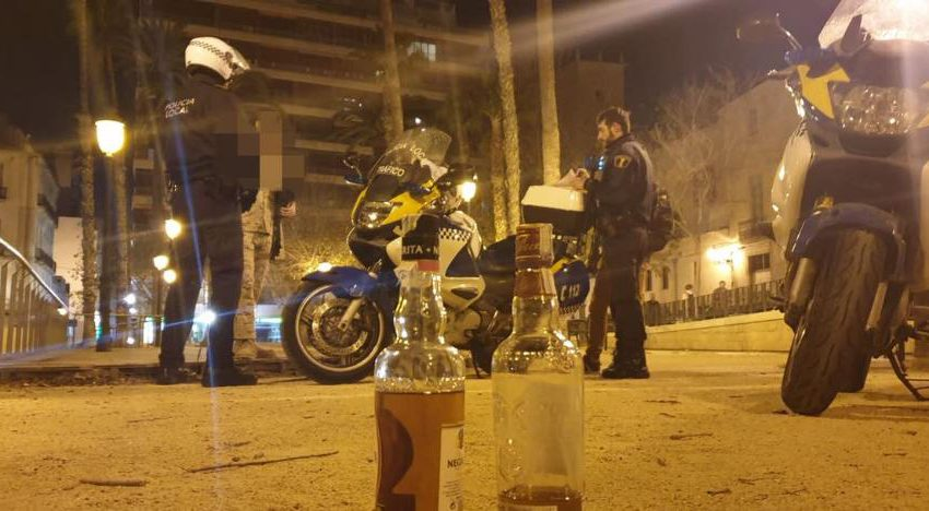 The Local Police of Alicante goes to forty homes this morning to break up 'end of summer' parties