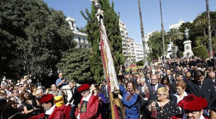 Valencia cancels the Civic Procession of October 9th and moves mascletaes and castles to the villages