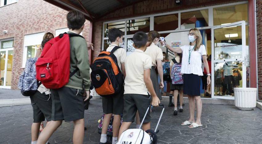 Back to School in the Community : Half hour tickets, separate students and elbow grease