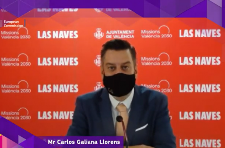 Councillor Galiana doubles up in English during the European Capital of Innovation election gala