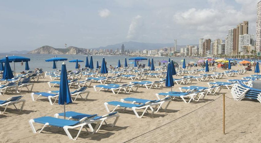 Hotels in Benidorm | When Benidorm was left with 10 hotels