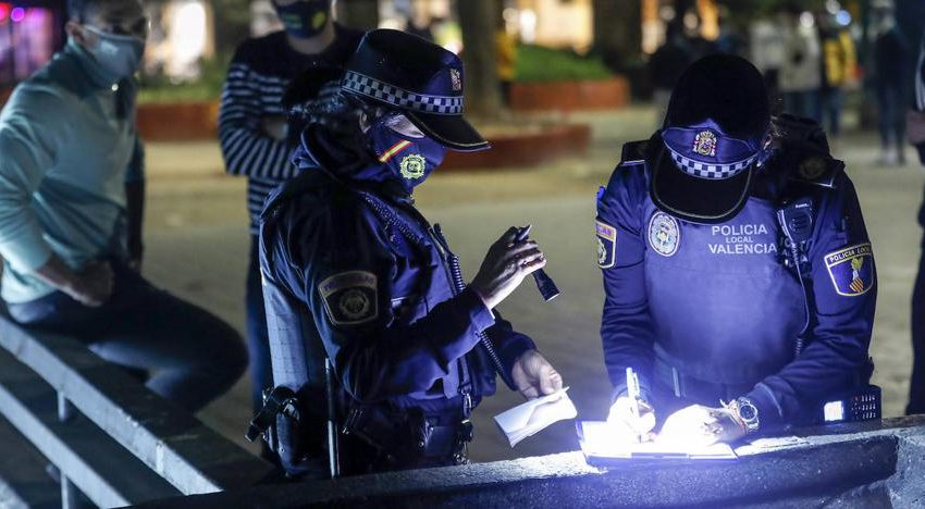 Curfew in Valencia : Curfew goes into effect this midnight in the Comunitat Valenciana