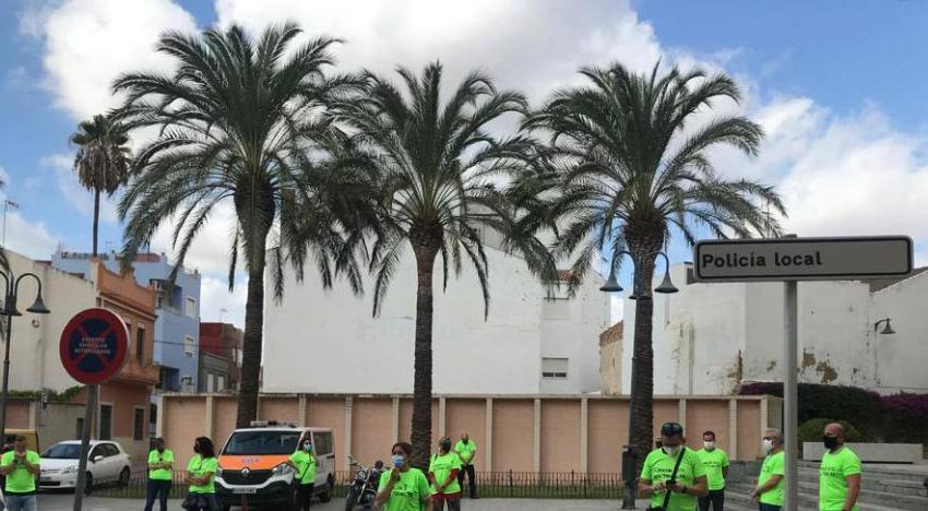 Local police in Catarroja rally to protest the lack of personnel and the working conditions