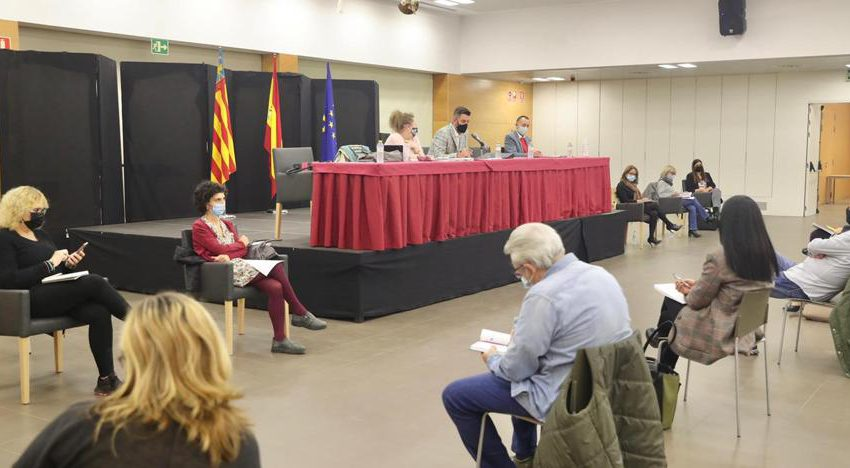 Central Fallera Board meets with Public Health to stop the virus party