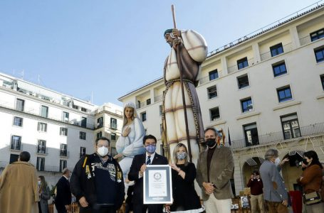 The giant nativity scene of Alicante enters the Guinness Book of Records as the largest in the world