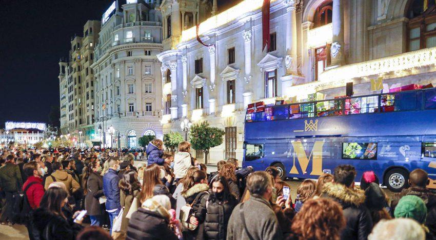 Galiana accumulates 105 minor contracts despite the failure of the Fallas